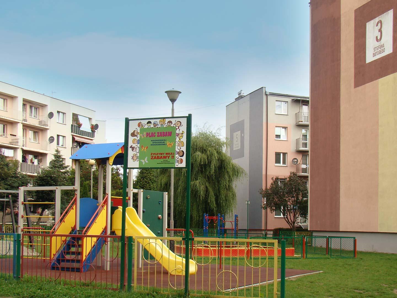 Plac zabaw przy ul. Batorego